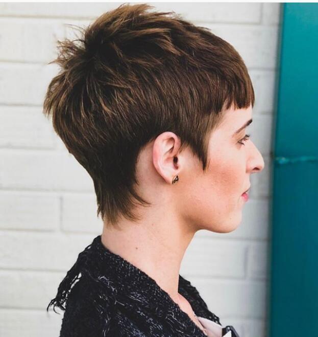 Nervöse kurze Frisuren für Frauen, um Ihnen das Leben zu erleichtern
