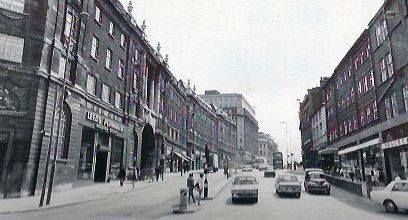 The Headrow,1971, showing the Leeds Permanent building (now The Light)