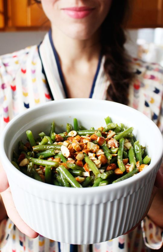 bluediamond1 green beans with almonds Made only half recipe, with only half the almonds. Delicious. 3F 1/2C 1/2P