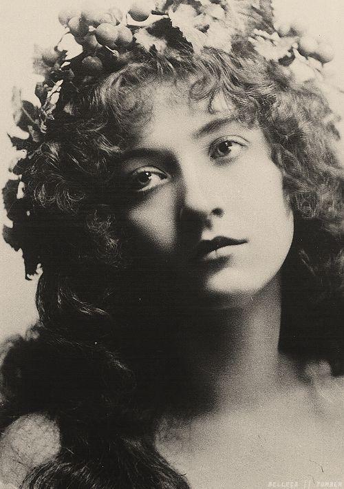 Actress Maude Fealy, c. 1890-1910.