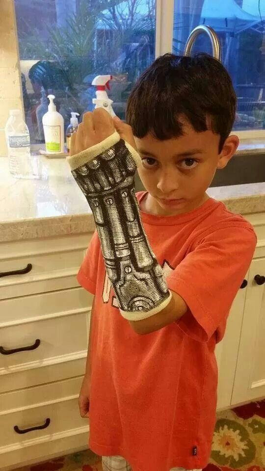Paper paint robot arm on cast