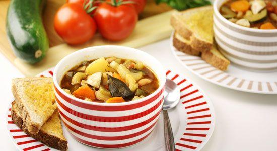 Hearty Minestrone Soup Recipe - weightloss.com.au