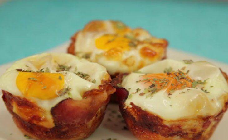 Na het zien van dit heerlijke ontbijt recept eet ik nooit meer spek en eieren op de ouderwetse manier!