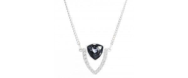 Выполнены в небесном стиле с сенсорным глэм-рок . Это универсальное ожерелье с родиевым покрытием и центральным кристаллом черного цвета, подчеркнет Ваш стиль и элегантность образа. Длина: 48 см