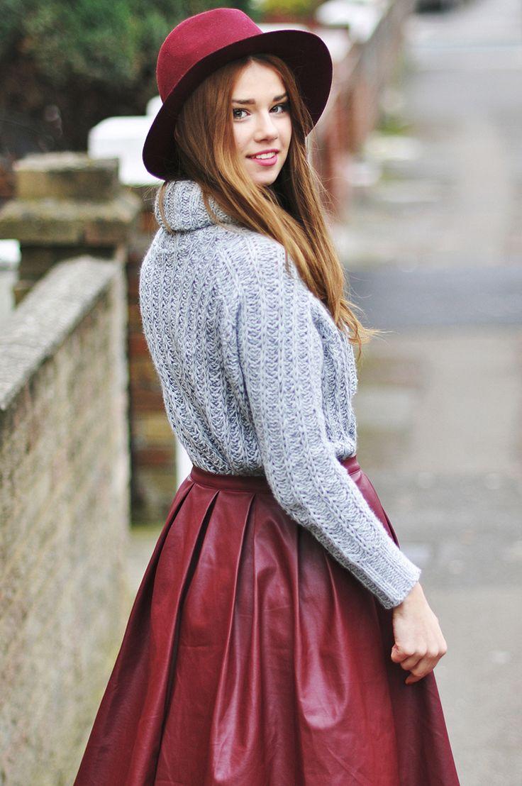 Burgundy hat & skirt