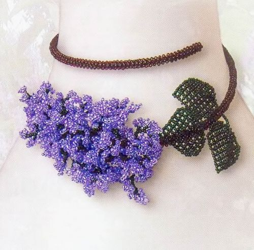necklace in the form of a lilac