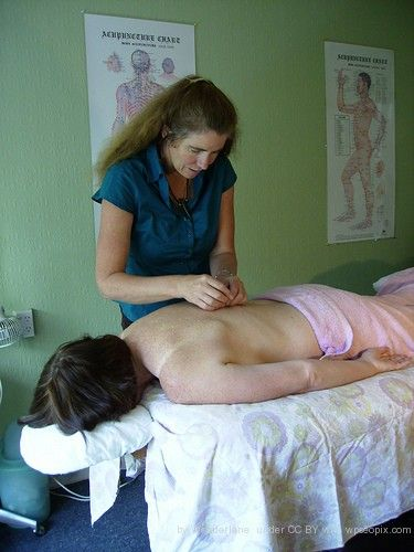 how to learn acupuncture at home