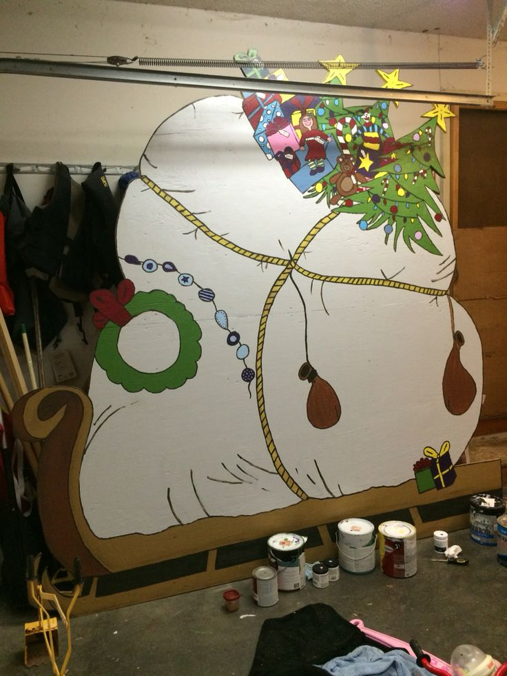 The grinch sled wood cutout