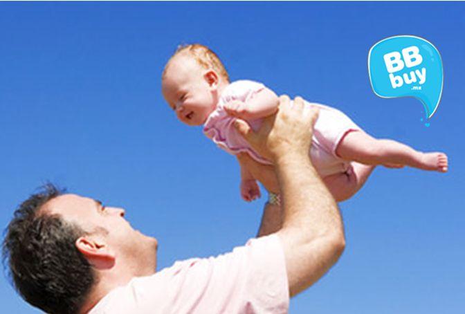 ¿Sabes qué es el síndrome del bebé sacudido? Muchas personas juegan con el bebé a lanzarlo, ponerlo de cabeza o simplemente sacudirlo. Esto puede dañar gravemente su cerebro, incluso en niños con 5 años de edad. Te invitamos a leer esta valiosa información: http://blog.bbbuy.mx/causas-y-consecuencias-del-sindrome-del-bebe-sacudido/