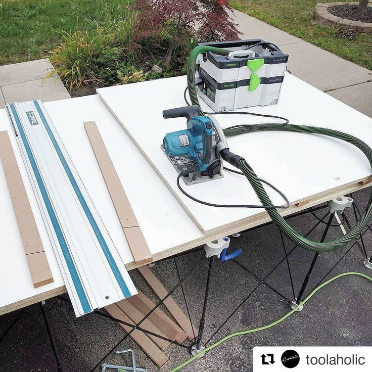 @toolaholic set up this #CentipedeSupport #driveway #woodshop #workbench for #cabinet boxes. Great #Makita #toolreview in this repost:  Im building some simple cabinet boxes using the @makitatools sp6000 tracksaw.  This is a great saw, but Ive mentioned the short cord being a drawback. You are almost forced to always use an extension cord, which then makes your cord too long.  In this scenario Im using the @festool_usa CT SYS dust extractor because its small enough that I can easily move it