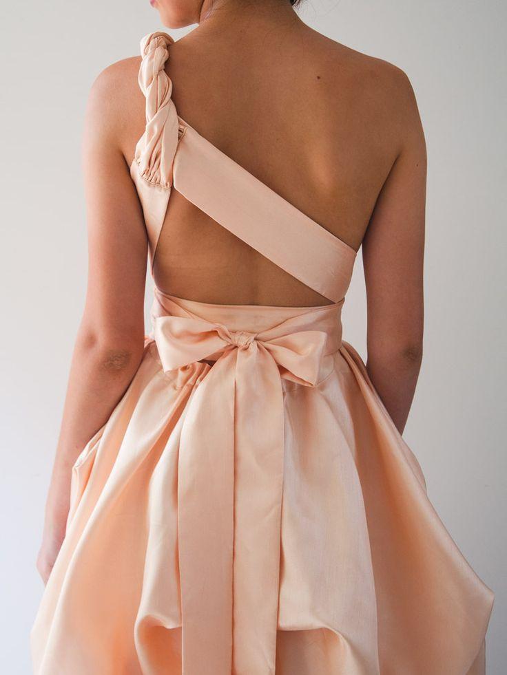 Sabine Gown in shell - wear it 30 different ways by When Freddie met Lilly shop online at: www.whenfreddieme... INSTAGRAM: #whenfreddiemetlilly