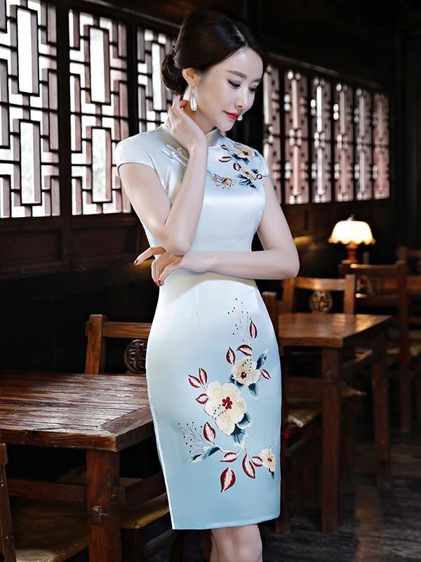 a62cfcc7a38 Light-blue Embroidered Split-side Short Cheongsam – uoozee
