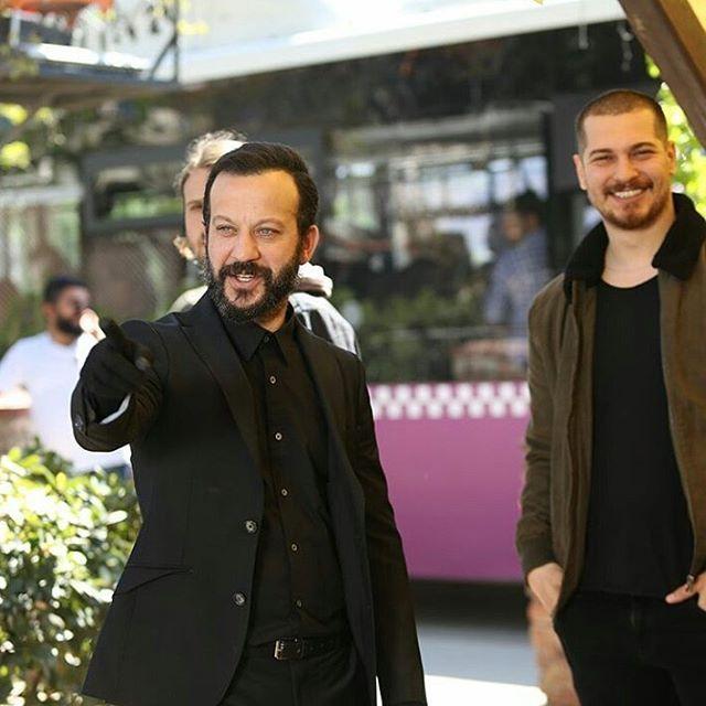 "Cagatay Ulusoy Worldwide Fans (@cuworldwidefans) on Instagram: ""Çağatay Ulusoy and Rıza Kocaoğlu on #içerde set #birader #cagatayulusoy ❤️"""