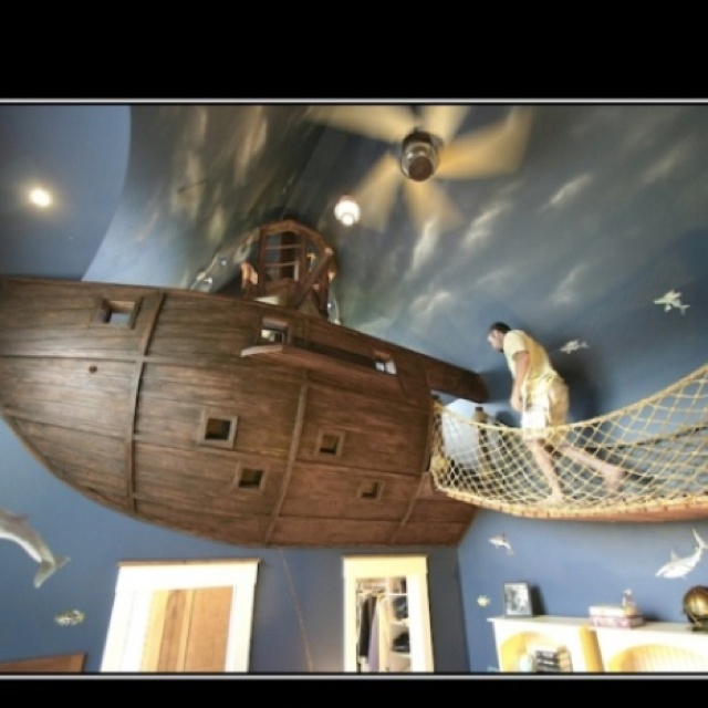 Awesome bedroom for a kid!