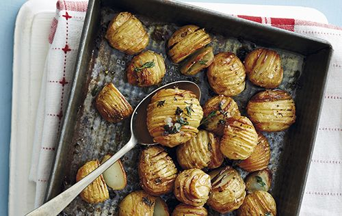 Les patates hasselback sont partout. Nos trucs pour réussir ces pommes de terre à la suédoise.