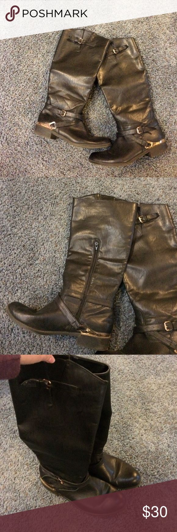 Shoe dazzle Charlene Black riding boot 8 Shows signs of wear such as slight fading and scuffs on metal. Sole also shows wear. I do NOT trade. Let's make a bundle deal! Shoe Dazzle Shoes Winter & Rain Boots