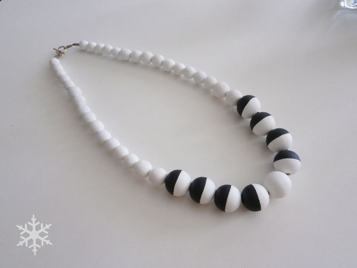 hand painted wooden beads necklace By Halla COLLECTION