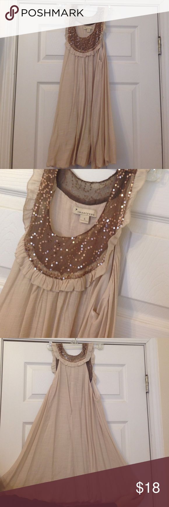F21 beige sequin collar dress Worn once. Great for a night out! Knee length Forever 21 Dresses