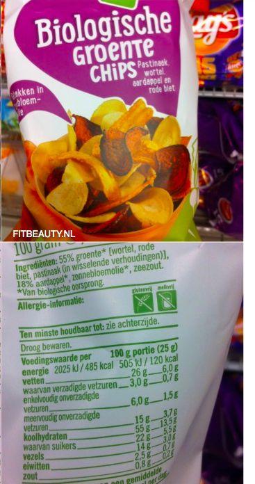 De bloemkool is in de oven gebakken, hierdoor bevat de chips veel minder verzadigd vet. Doordat het gedroogd is i.p.v. gebakken is het veel gezonder dan normale groente chips! Als het vergeleken wordt met de albert Heijn groente chips bevat dit wel 87x minder vet! Hoe mooi is dat. Ook is deze bloemkoolchips een bron van foliumzuur, vitamine K en kalium? Door alleen een snufje zout, paprika en piment toe te voegen komt deze heerlijke chips aan z'n smaak.
