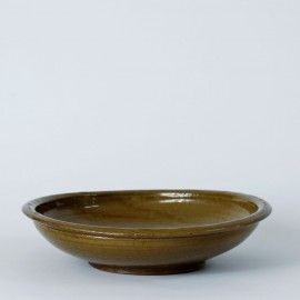 Antique dish in olive green from itoko.dk