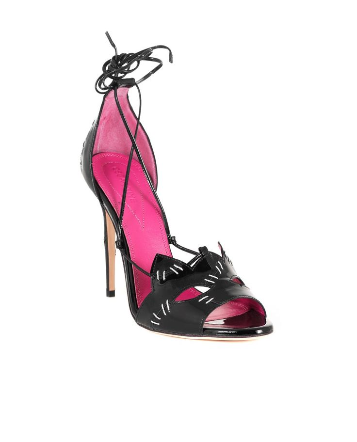 OSCAR TIYE KITTY SANDAL SS 2016 Kitty sandal black varnish cat shape front patch silver color details 11 cm stiletto heel ankle fastening with strings 100% LH  made in Italy