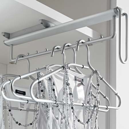 Pull Out Clothes Hanger Rail Under Mounted 807 45 220