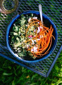 Here's how to throw together a wholesome meal-in-a-bowl salad (the trick is the dressing!) - http://cookieandkate.com
