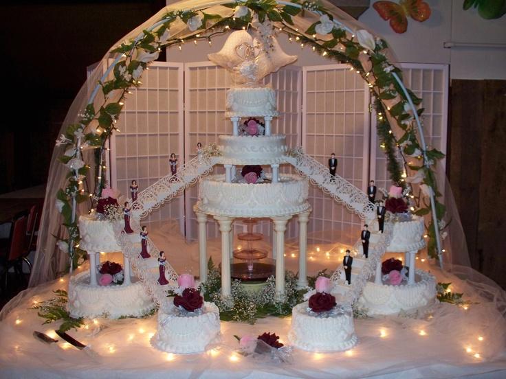 Fountain Amp Staircase Wedding Cake Wedding Cakes