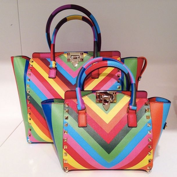 Pop of color: Valentino Resort 2015 handbags | D E B I M E N D E Z