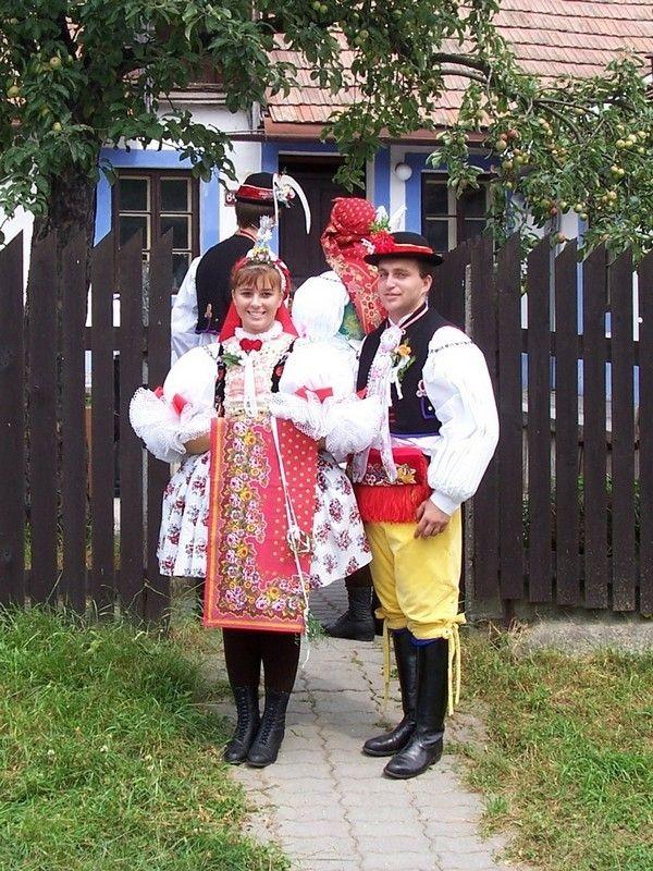 Folklore Ensemble Lipina Vracov - Vracovský costume