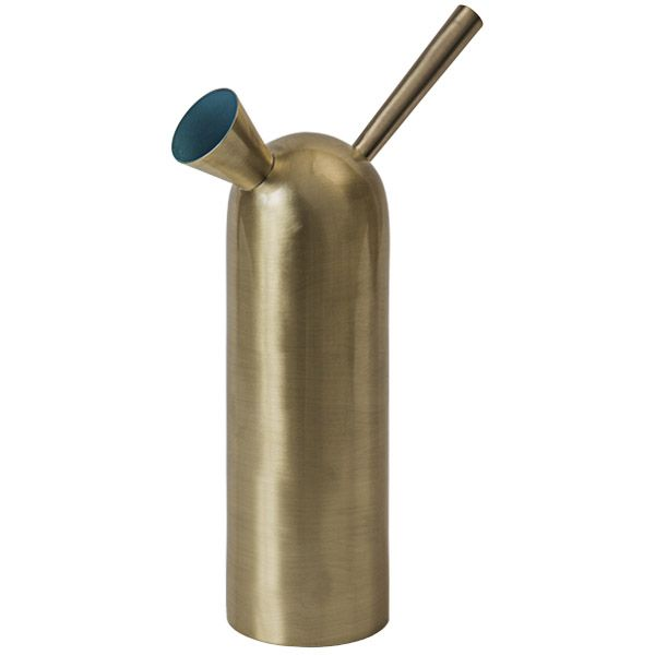 Svante watering can, brass - Gardening - Outdoor -  The most comprehensive selection of Finnish and Scandinavian design online. All in-stock items ships within 24 hours!