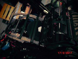 """Syrena 105B """"Zuzia"""" - nowa kochanka wujka Sidora.: Renowacja foteli i kanapy."""