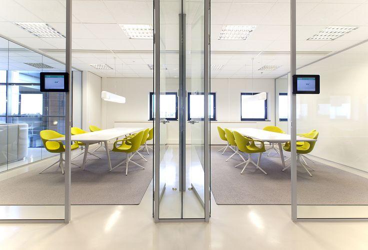 Interieur-Naspers-Kantoor-Heyligers. QbiQ Wallsystems