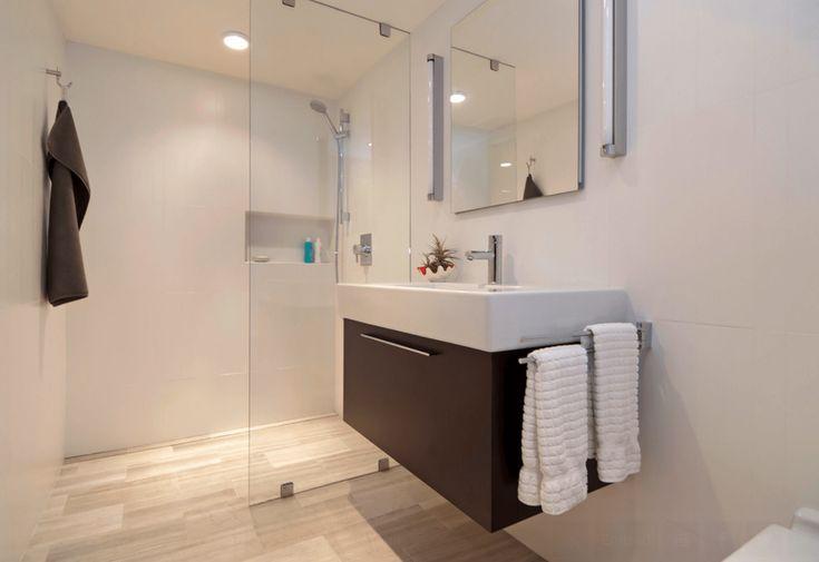 Las 25 mejores ideas sobre modelos de banheiros pequenos - Lavabos pequenos de diseno ...