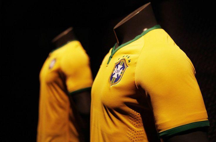 #Seleçao Jogadores comemoram a convocação para os amistosos da Seleção - Seleção Brasileira