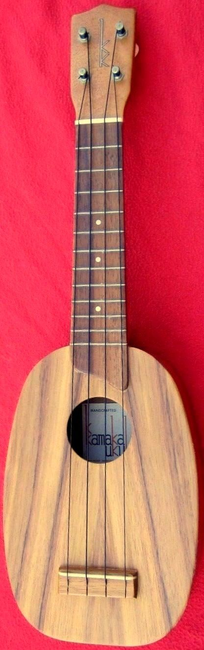 1980's White Label Kamaka #LardysWishlists #Ukulele ~ https://www.pinterest.com/lardyfatboy/ ~