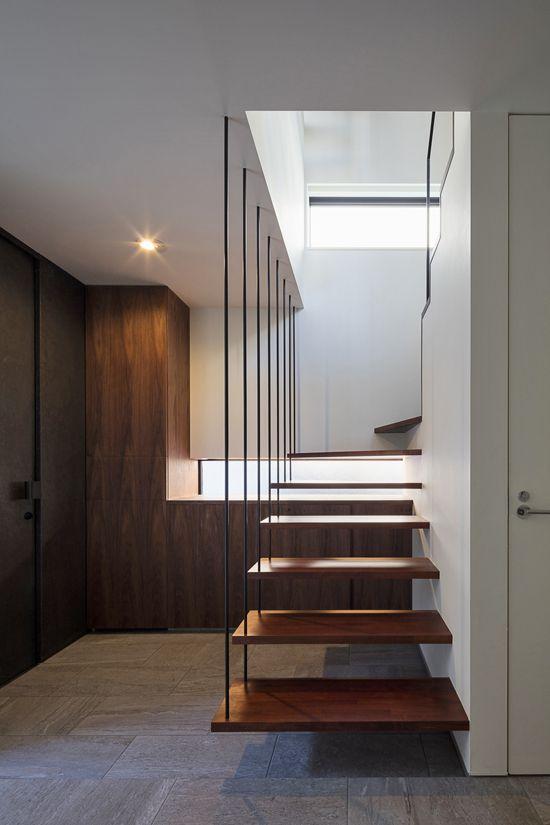 階段 手摺 玄関
