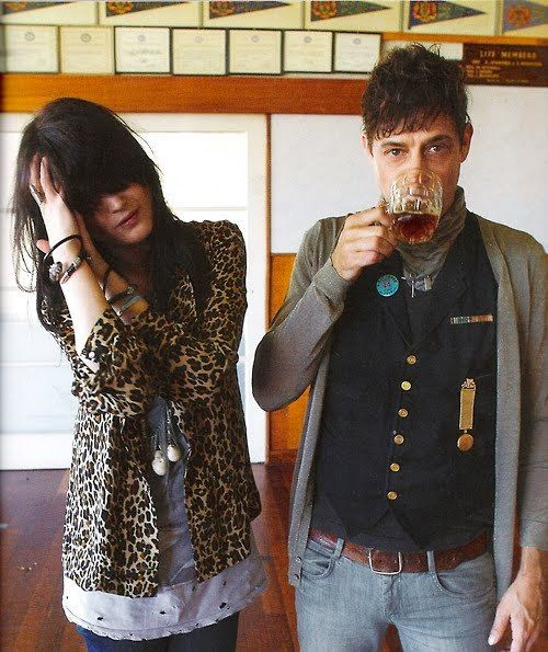 "Alison Mosshart & Jamie Hince, singer/songwriter-duo, both also play guitar. Together, they form the band ""The Kills""."