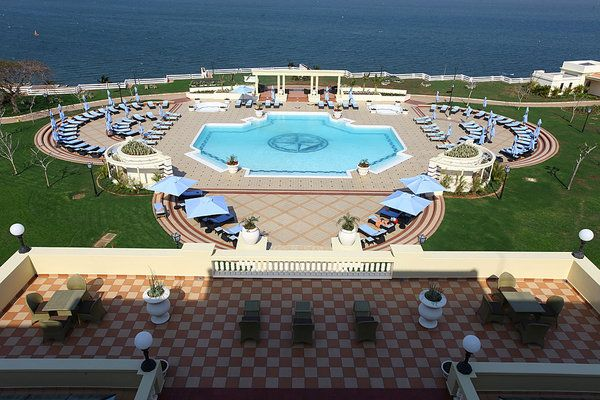Polana Serena Hotel - Maputo, Mozambique. Great for lunch by the pool!