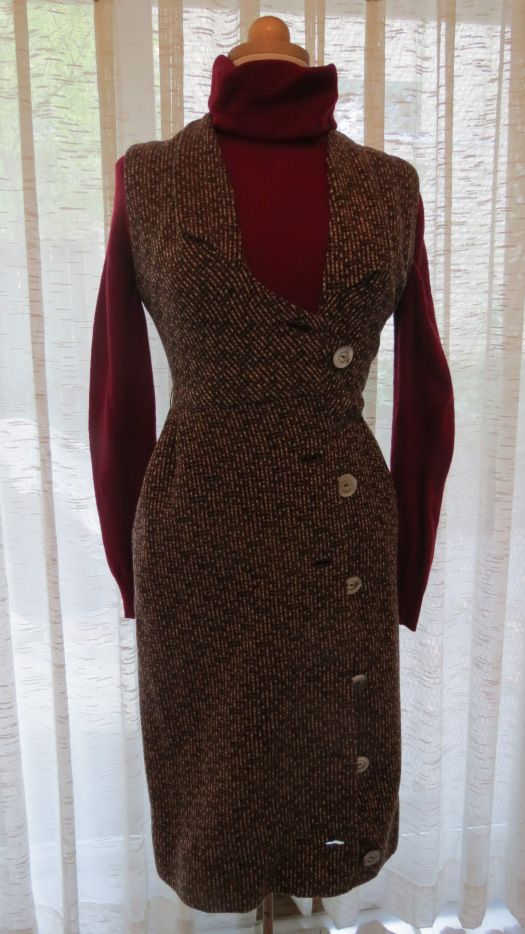 TRUE VINTAGE AMERICAN WOOL JUMPER DRESS FROM THE LATE '50'S OR EARLY '60'S