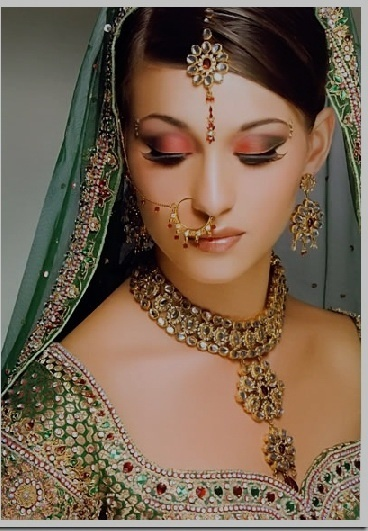 indian bride dresses jewellry wedding-wisconsin