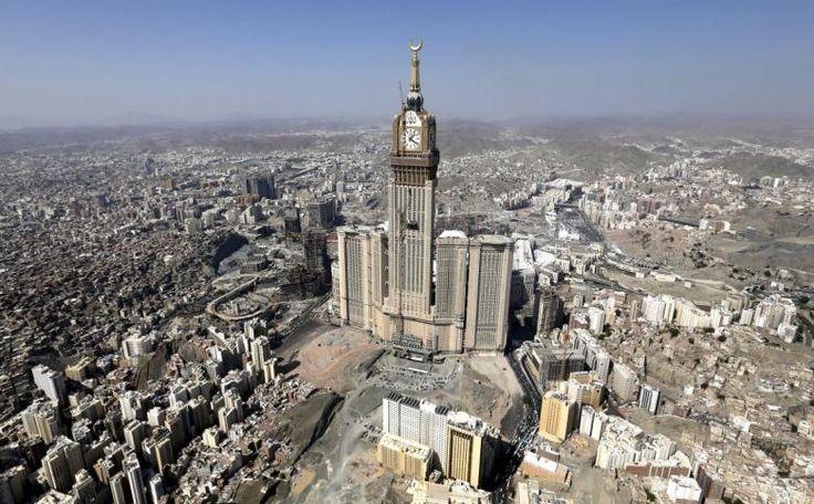 Mekke, Suudi Arabistan'da inşa edilen Ebrac el-Beyt Kuleleri 15 milyar dolara mal oldu