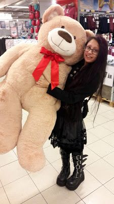 Caroline Sometimes: What a jam-packed week!  #teddybear #lifesize #goth #gothgirl #cute #kawaii #petitejoys