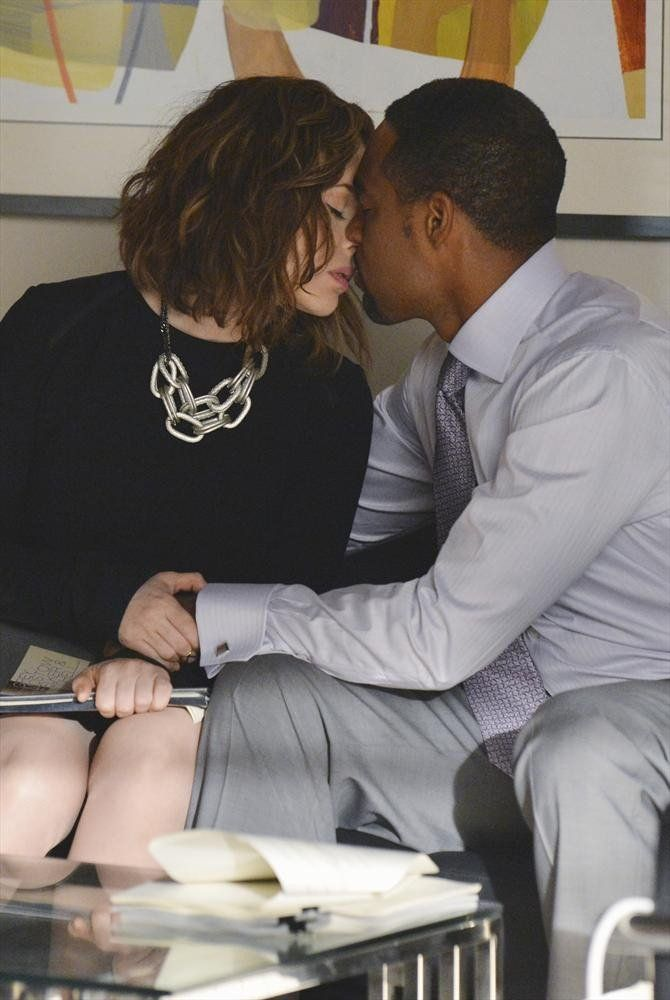 Pin for Later: The Sexiest TV Moments of 2014 Mistresses Savi (Alyssa Milano) takes her affair with Dominic (Jason George) to legitimate levels.