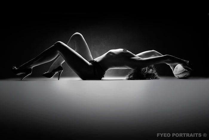 Tasteful Boudoir Photography | Classy Boudoir Photography | FYEO PORTRAITS ®