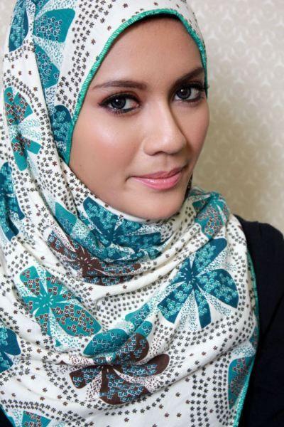 Cantik dengan berhijab: Hijab Supernova