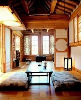 Hanok, Korea  Korean house - to replicate door system for out door patio area