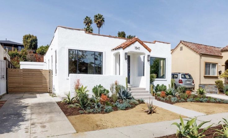 Beautiful renovated contemporary spanish bungalow in the