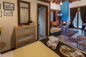 Ξενώνας,οικογενειακό δωμάτιο- Καρπενήσι, διαμονή, ξύλινα σπίτια