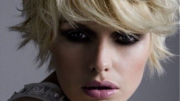 Short Hair Tousled Effect Spring Summer Trend In Different